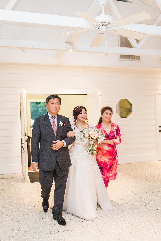 xiao-hang-wedding-apt-b-photography-ivory-and-beau-savannah-wedding-planner-savannah-event-designer-savannah-florist-the-mackey-house-wedding-chinese-southern-wedding-savannah-bridal-boutique-42.JPG