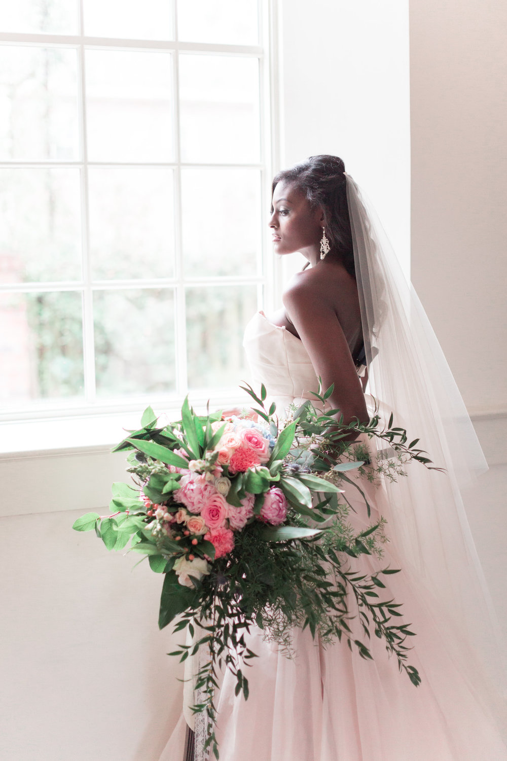 larger-than-life-events-lyndi-j-photography-blush-by-hayley-paige-blush-wedding-dress-blush-mermaid-coleman-hall-wedding-savannah-bridal-boutique-savannah-wedding-dresses-savannah-wedidng-gowns-savannah-event-planner-savannah-bridal-shop-13.jpg
