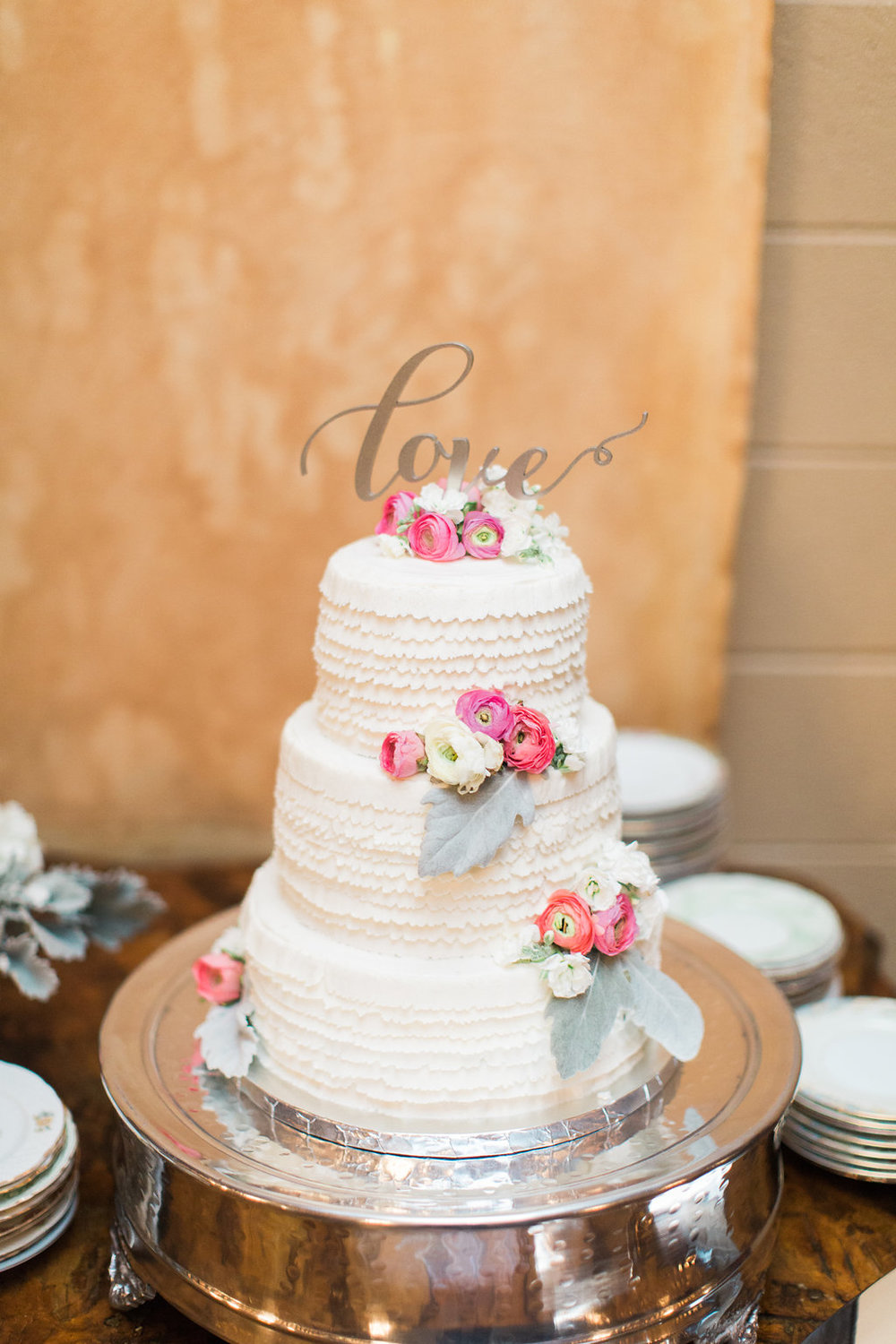 savannah-wedding-planner-savannah-event-designer-savannah-florist-ivory-and-beau-savannah-weddings-savannah-station-wedding-cake-dessert-table.jpg