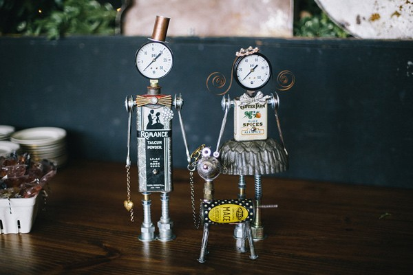 savannah-wedding-planner-savannah-event-designer-savannah-florist-robot-cake-topper-industrial-railroad-museum-wedding-52-600x400.jpg