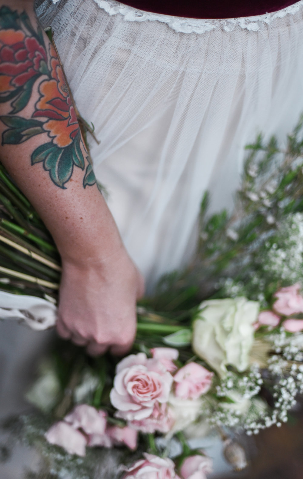 daniel-eastwood-photography-apt-b-photography-7553-ti-adora-ivory-and-beau-bridal-boutique-savannah-wedding-dresses-savannah-bridal-gowns-savannah-bridal-southern-bride-hilton-head-bridal-boho-bride-savannah-wedding-florist-savannah-wedding-planner-7.JPG