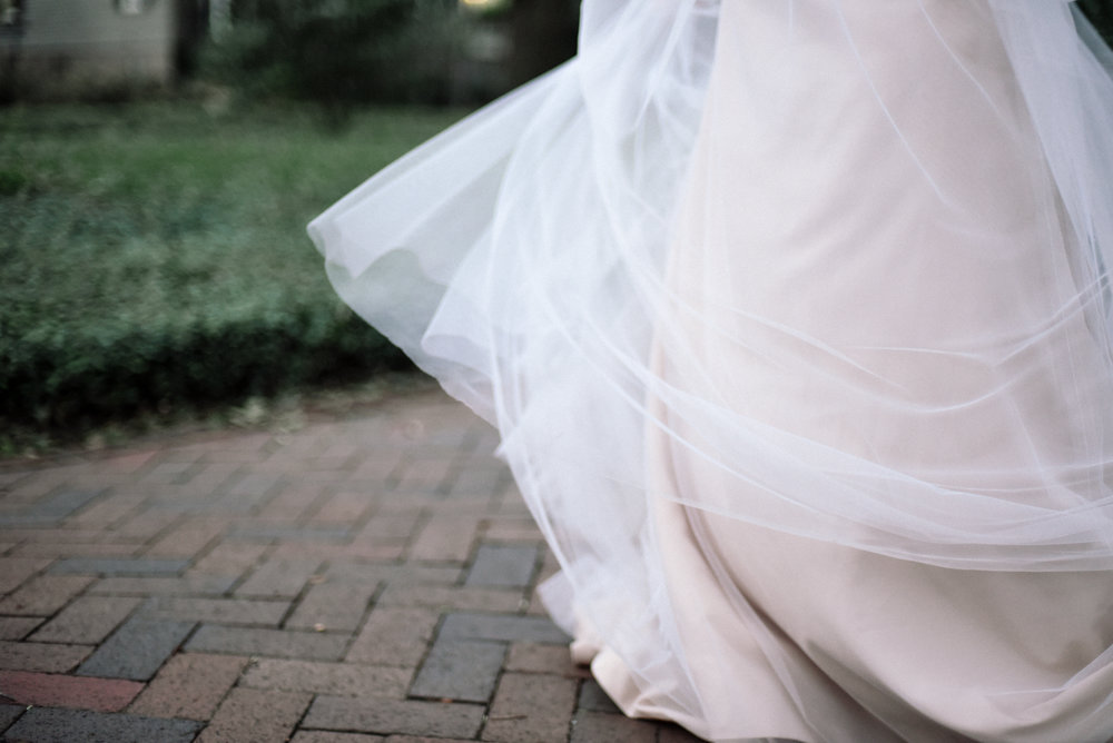 daniel-eastwood-photography-apt-b-photography-7553-ti-adora-ivory-and-beau-bridal-boutique-savannah-wedding-dresses-savannah-bridal-gowns-savannah-bridal-southern-bride-hilton-head-bridal-boho-bride-savannah-wedding-florist-savannah-wedding-planner-18.JPG