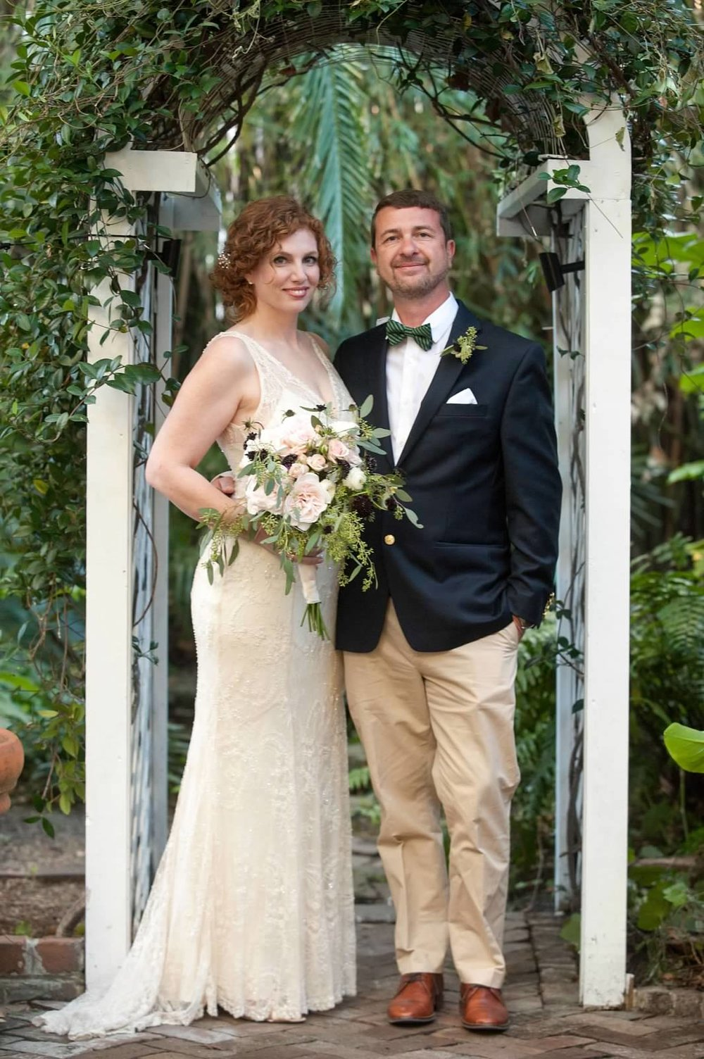 jeff-and-mollie-weddings-ivory-and-beau-bridal-boutique-savannah-intimate-wedding-savannah-elopement-rebecca-schoneveld-gemma-savannah-bridal-boutique-savannah-wedding-planner-savannah-wedding-florist-savannah-bridal-accessories-art-deco-bride-12.jpg
