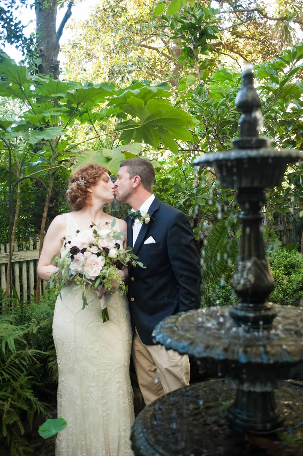 jeff-and-mollie-weddings-ivory-and-beau-bridal-boutique-savannah-intimate-wedding-savannah-elopement-rebecca-schoneveld-gemma-savannah-bridal-boutique-savannah-wedding-planner-savannah-wedding-florist-savannah-bridal-accessories-art-deco-bride-15.jpg