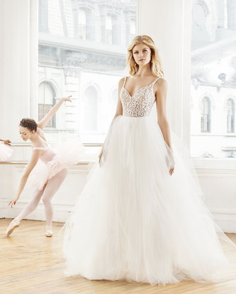 blush-hayley-paige-bridal-fall-2016-style-1657-scout_2.jpg