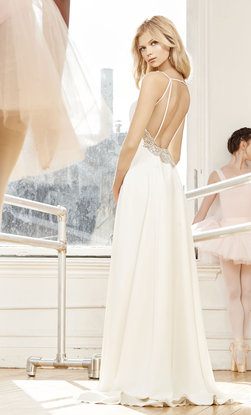 blush-hayley-paige-bridal-fall-2016-style-1651-dazhi_3.jpg