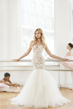 blush-hayley-paige-bridal-fall-2016-style-1650-kalea_1.jpg