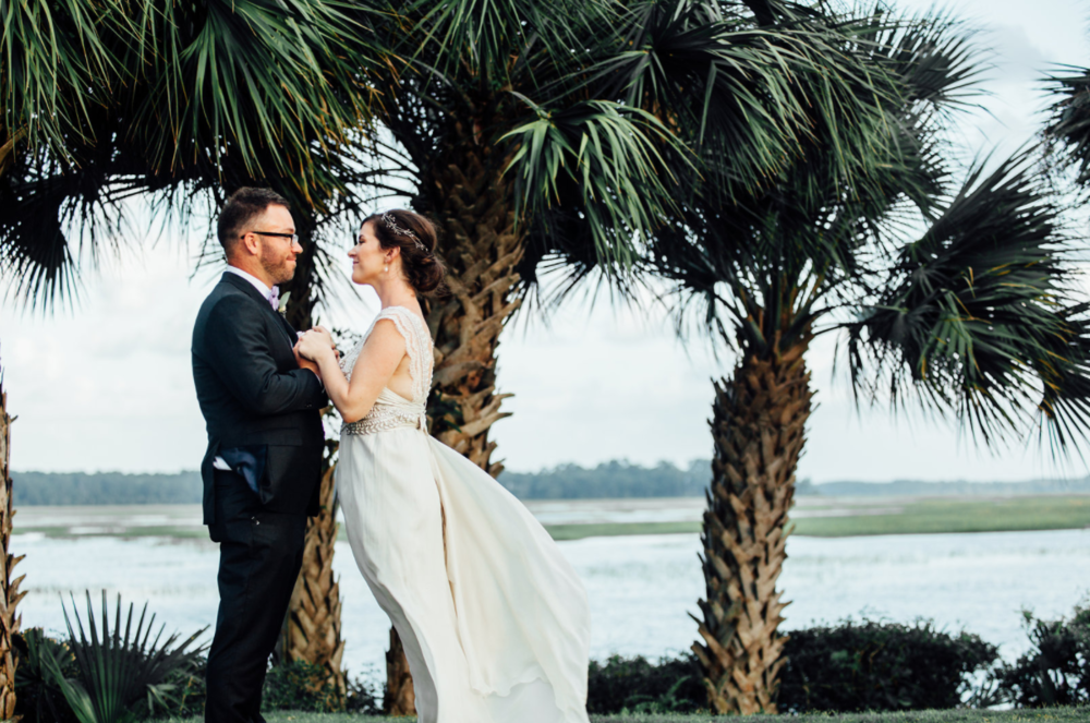 kindred-co-photography-beaufort-wedding-hilton-head-wedding-coco-anna-campbell-grey-wedding-dress-coco-bone-ivory-and-beau-bridal-boutique-savannah-wedding-dresses-savannah-bridal-boutique-savannah-weddings-savannah-wedding-planner-8.png