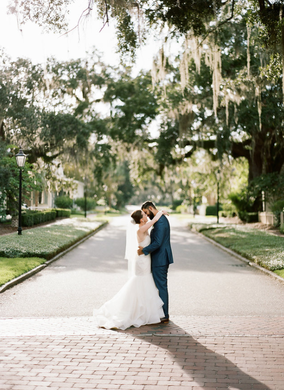 river-blush-by-hayley-paige-clay-austin-photography-montage-palmetto-bluff-wedding-jenny-yoo-bridesmaids-savannah-wedding-dresses-savannah-bridal-boutique-ivory-and-beau-bridal-boutique-savannah-weddings-savannah-wedding-planner-charleston-weddings-23.png