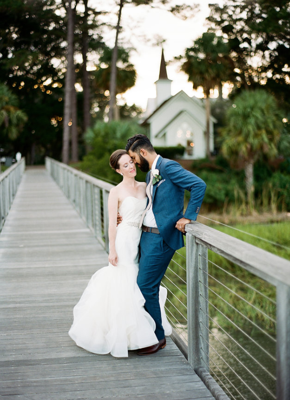river-blush-by-hayley-paige-clay-austin-photography-montage-palmetto-bluff-wedding-jenny-yoo-bridesmaids-savannah-wedding-dresses-savannah-bridal-boutique-ivory-and-beau-bridal-boutique-savannah-weddings-savannah-wedding-planner-charleston-weddings-24.png