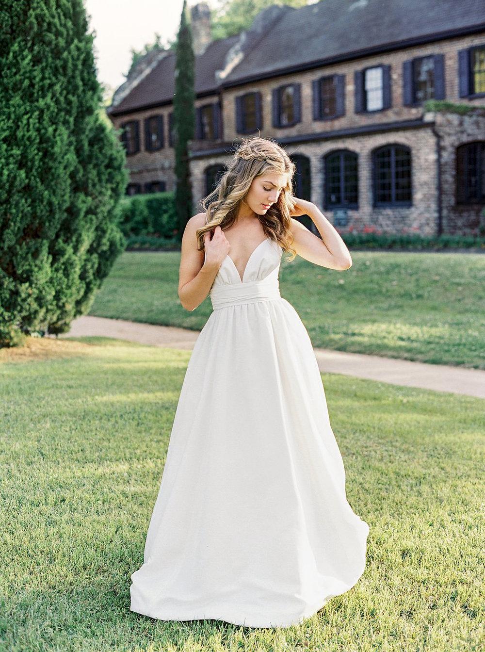 Kate-McDonald-Bridal-McCants-gown.jpg