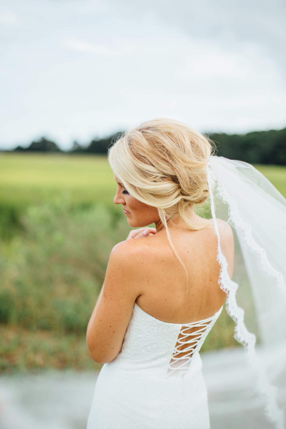 anna-benton-photography-savannah-bridal-boutique-ivory-and-beau-bridal-boutique-ti-adora-7552-lace-wedding-dress-jaclyn-jordan-anne-veil-southern-wedding-savannah-wedding-coastal-wedidng-savannah-wedding-planner-savannah-florist-savannah-weddings-3.jpg
