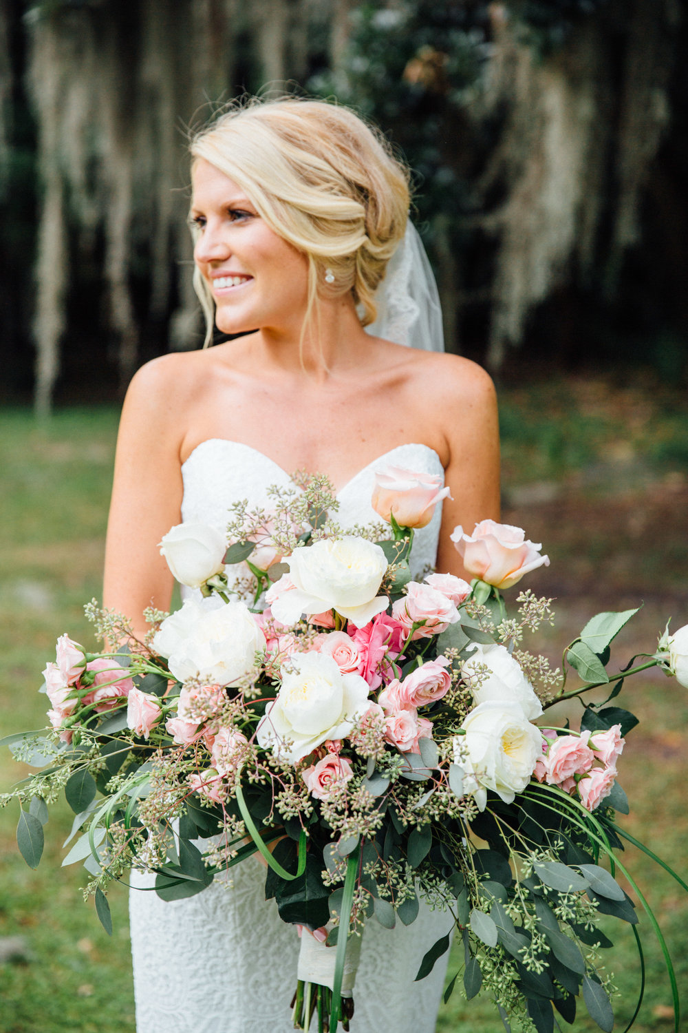 anna-benton-photography-savannah-bridal-boutique-ivory-and-beau-bridal-boutique-ti-adora-7552-lace-wedding-dress-jaclyn-jordan-anne-veil-southern-wedding-savannah-wedding-coastal-wedidng-savannah-wedding-planner-savannah-florist-savannah-weddings-6.jpg