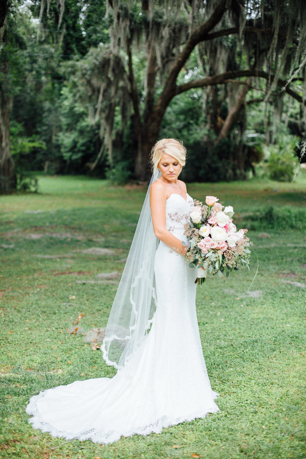 anna-benton-photography-savannah-bridal-boutique-ivory-and-beau-bridal-boutique-ti-adora-7552-lace-wedding-dress-jaclyn-jordan-anne-veil-southern-wedding-savannah-wedding-coastal-wedidng-savannah-wedding-planner-savannah-florist-savannah-weddings-5.jpg