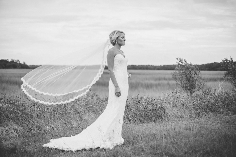 anna-benton-photography-savannah-bridal-boutique-ivory-and-beau-bridal-boutique-ti-adora-7552-lace-wedding-dress-jaclyn-jordan-anne-veil-southern-wedding-savannah-wedding-coastal-wedidng-savannah-wedding-planner-savannah-florist-savannah-weddings-8.jpg