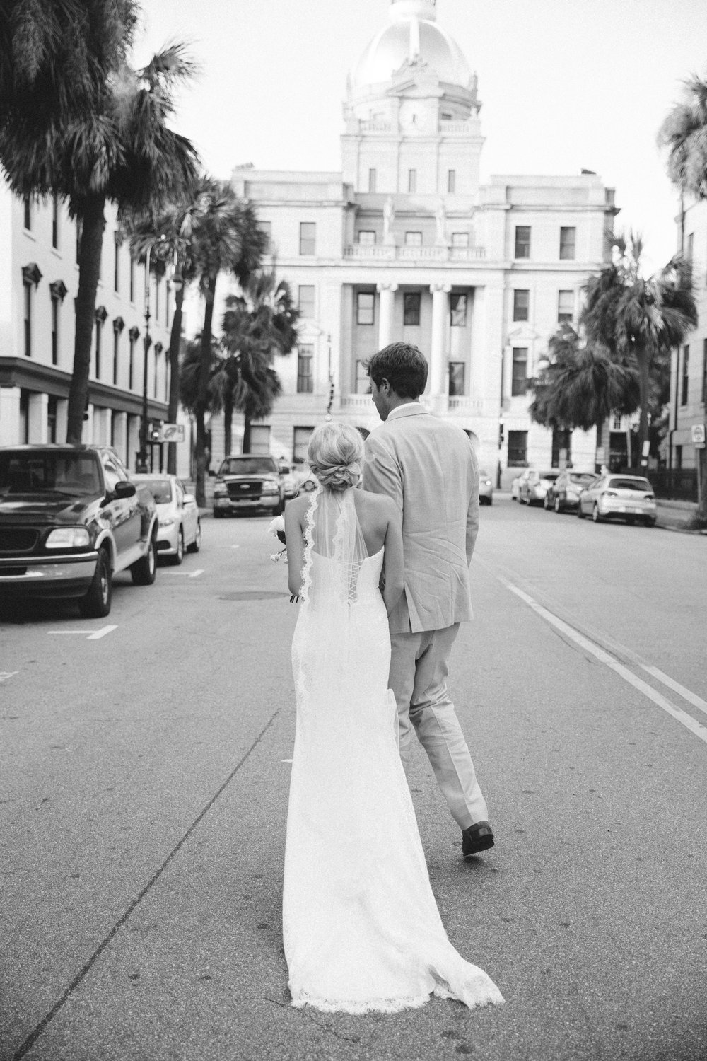 anna-benton-photography-savannah-bridal-boutique-ivory-and-beau-bridal-boutique-ti-adora-7552-lace-wedding-dress-jaclyn-jordan-anne-veil-southern-wedding-savannah-wedding-coastal-wedidng-savannah-wedding-planner-savannah-florist-savannah-weddings-18.jpg