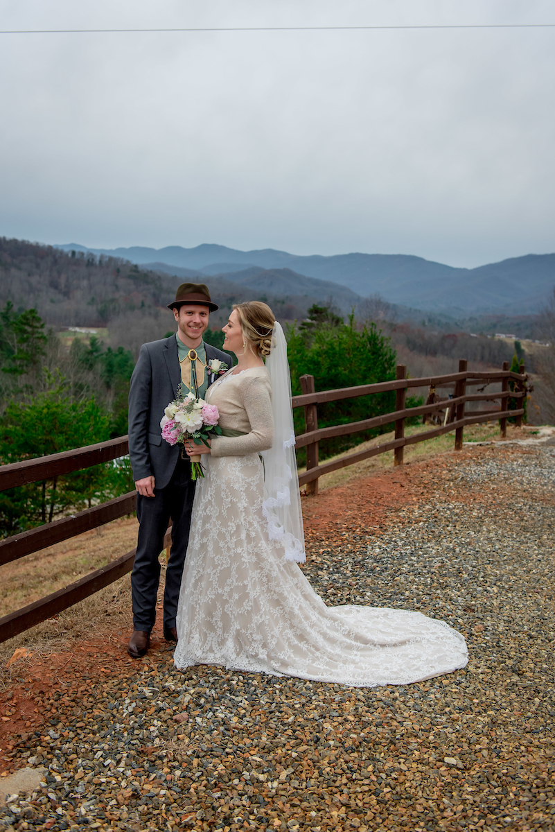 amanda-berk-photography-asheville-wedding-mountain-wedding-winery-wedding-ti-adora-wedding-dress-southern-wedding-destination-wedding-mountain-elopement-savannah-bridal-boutique-ivory-and-beau-bridal-boutique-savannah-weddings-11.jpg