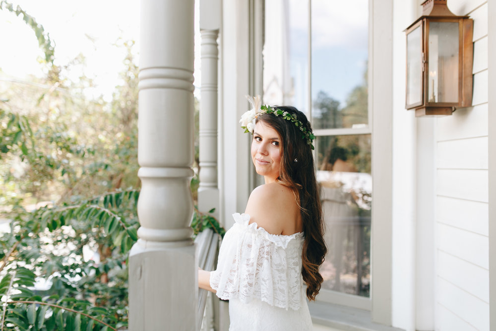 darling-juliet-photography-ivory-and-beau-bridal-boutique-savannah-wedding-dresses-savannah-bridal-gowns-daughters-of-simone-winnie-savannah-florist-boho-wedding-savannah-boho-wedding-roundhouse-railroad-musuem-wedding-9.jpg