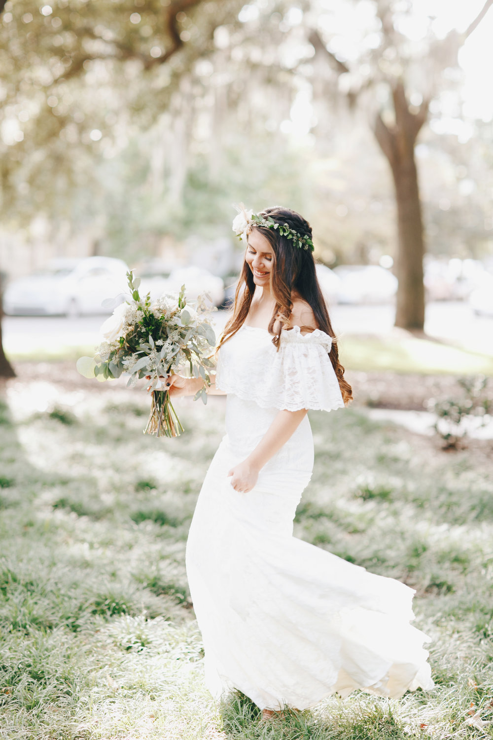 darling-juliet-photography-ivory-and-beau-bridal-boutique-savannah-wedding-dresses-savannah-bridal-gowns-daughters-of-simone-winnie-savannah-florist-boho-wedding-savannah-boho-wedding-roundhouse-railroad-musuem-wedding-18.jpg