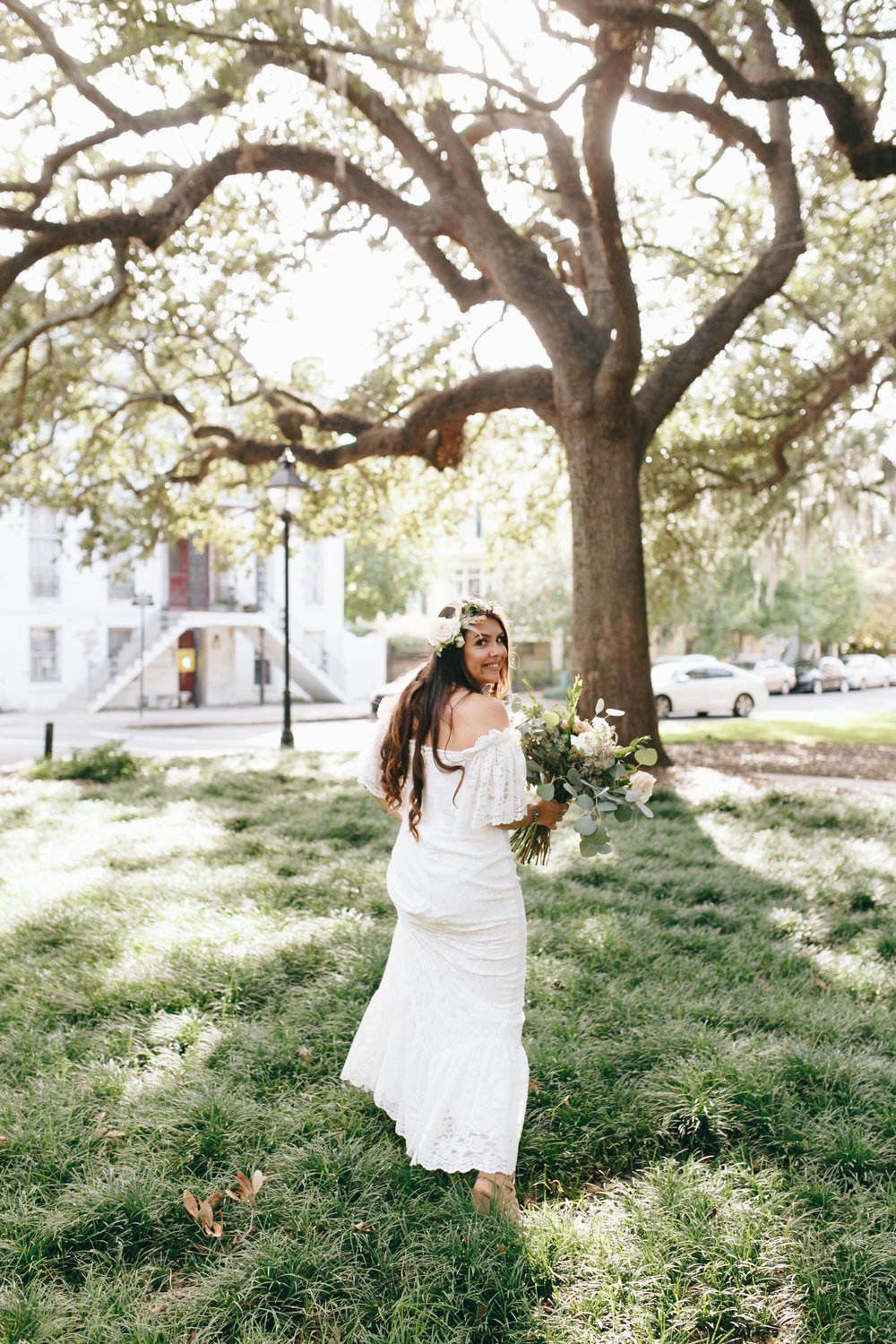 darling-juliet-photography-ivory-and-beau-bridal-boutique-savannah-wedding-dresses-savannah-bridal-gowns-daughters-of-simone-winnie-savannah-florist-boho-wedding-savannah-boho-wedding-roundhouse-railroad-musuem-wedding-17.jpg