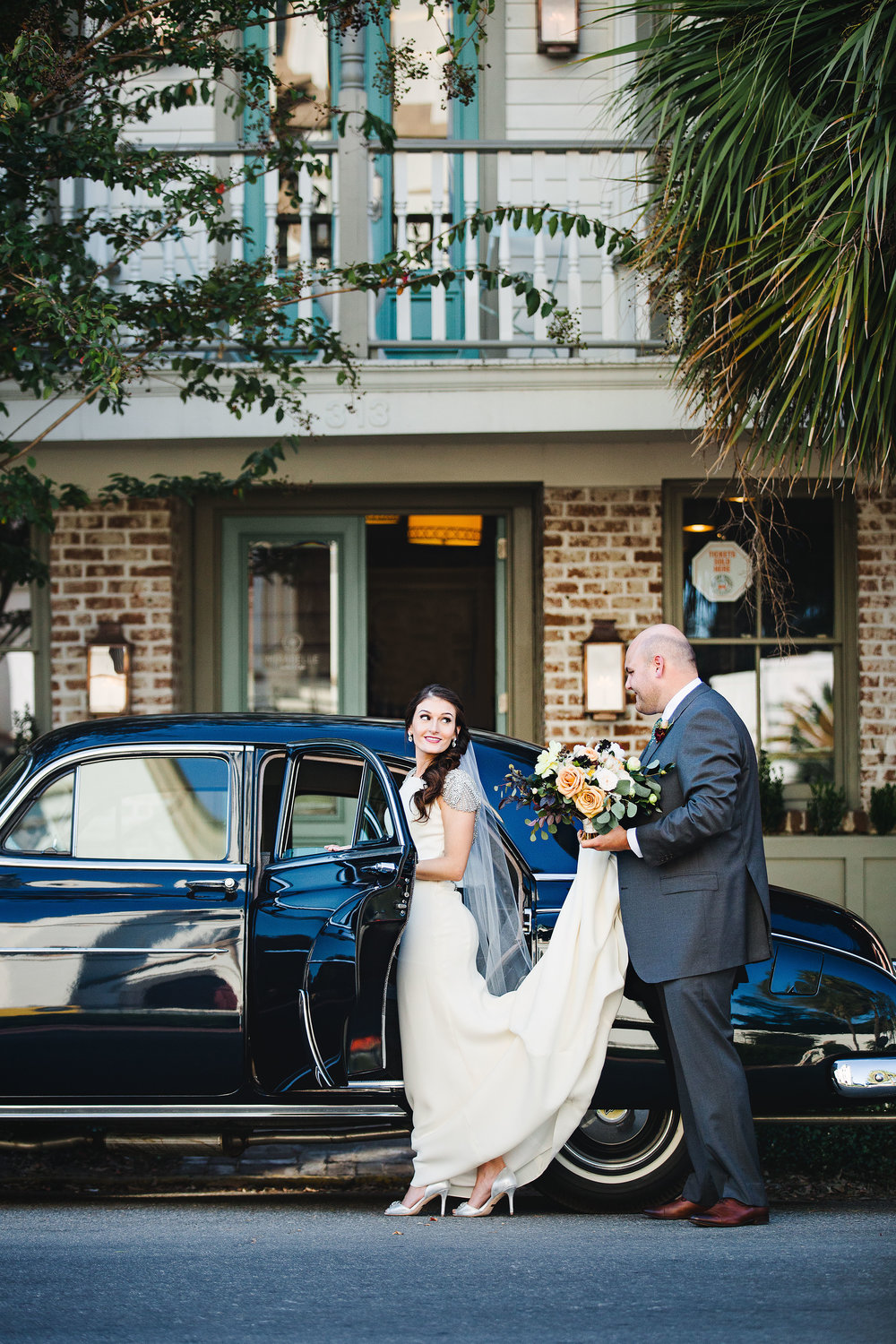 izzy-hudgins-photography-savannah-wedding-ivory-and-beau-bridal-boutique-savannah-wedding-planner-colonial-house-of-flowers-forsyth-park-wedding-old-fort-jackson-wedding-squidwed-films-savannah-boutique-savannah-weddings-25.jpg