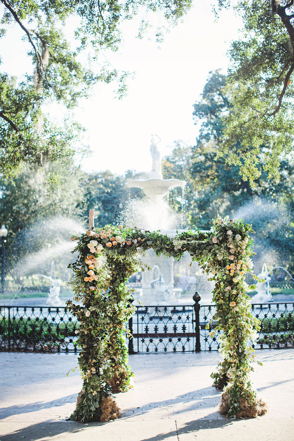 izzy-hudgins-photography-savannah-wedding-ivory-and-beau-bridal-boutique-savannah-wedding-planner-colonial-house-of-flowers-forsyth-park-wedding-old-fort-jackson-wedding-squidwed-films-savannah-boutique-savannah-weddings-27.jpg