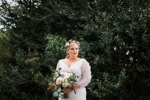 monica-jean-photography-savannah-bridal-boutique-savannah-wedding-dresses-savannah-bridal-gowns-nicole-miller-nina-custom-wedding-dress-7.jpg