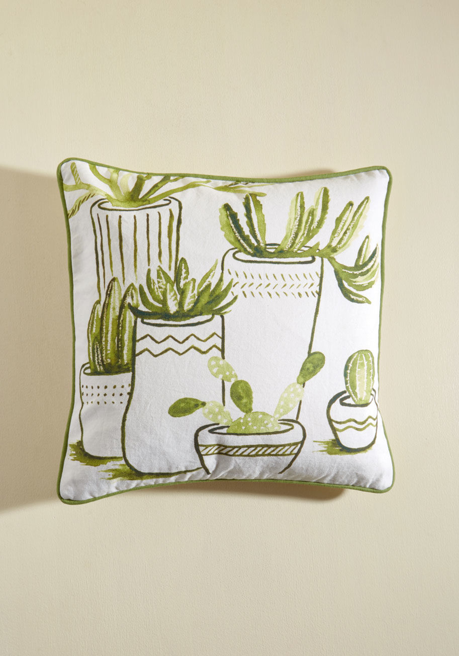 succulentpillow-bridemaidgifts-throwpillow.jpg