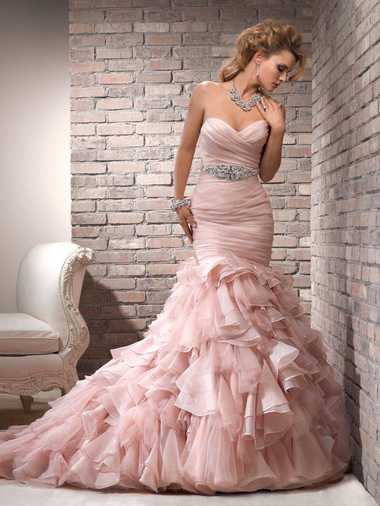Maggie-Sottero-Wedding-Dress-Divina-V7153BB-alt1.jpg