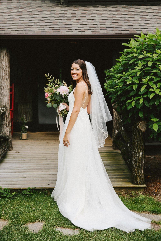 high-hampton-inn-wedding-w-and-e-photographie-mountain-wedding-tiadora-wedding-dress-savannah-bridal-boutique-savannah-weddings-ivory-and-beau-bridal-boutique-outdoor-wedding-4.jpg