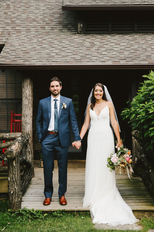 high-hampton-inn-wedding-w-and-e-photographie-mountain-wedding-tiadora-wedding-dress-savannah-bridal-boutique-savannah-weddings-ivory-and-beau-bridal-boutique-outdoor-wedding-6.jpg
