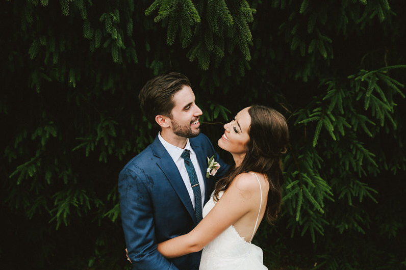 high-hampton-inn-wedding-w-and-e-photographie-mountain-wedding-tiadora-wedding-dress-savannah-bridal-boutique-savannah-weddings-ivory-and-beau-bridal-boutique-outdoor-wedding-15.png