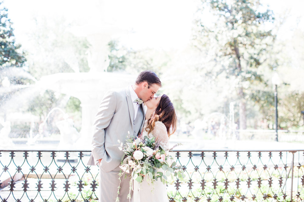 apt-b-photography-ivory-and-beau-bridal-boutique-savannah-florist-savannah-bridal-boutique-savannah-elopment-forsyth-fountain-wedding-intimate-wedding-southern-elopement-savannah-weddings-19.jpg