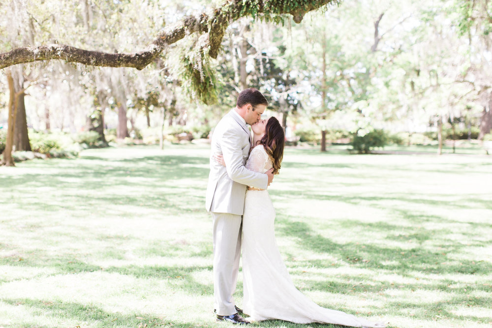 apt-b-photography-ivory-and-beau-bridal-boutique-savannah-florist-savannah-bridal-boutique-savannah-elopment-forsyth-fountain-wedding-intimate-wedding-southern-elopement-savannah-weddings-23.jpg