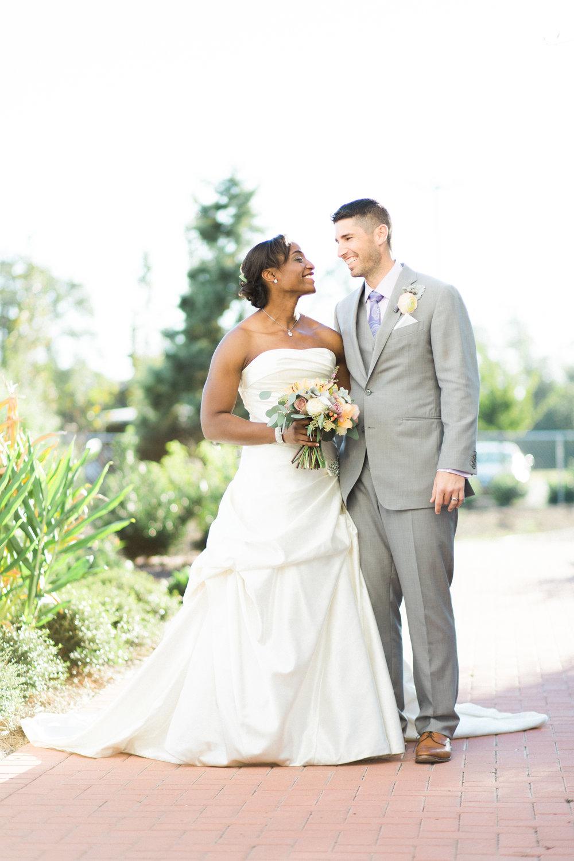 savannah-wedding-planner-savannah-wedding-florist-ivory-and-beau-savannah-event-coordinator-savannah-botanical-gardens-wedding-photos(179 of 400).jpg