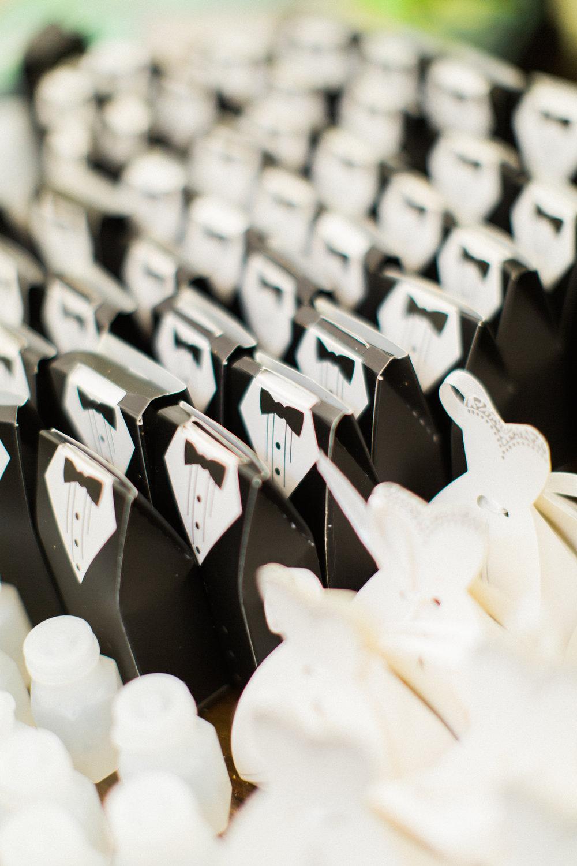 savannah-wedding-planner-savannah-wedding-florist-ivory-and-beau-savannah-event-coordinator-savannah-botanical-gardens-wedding-photos(393 of 400).jpg