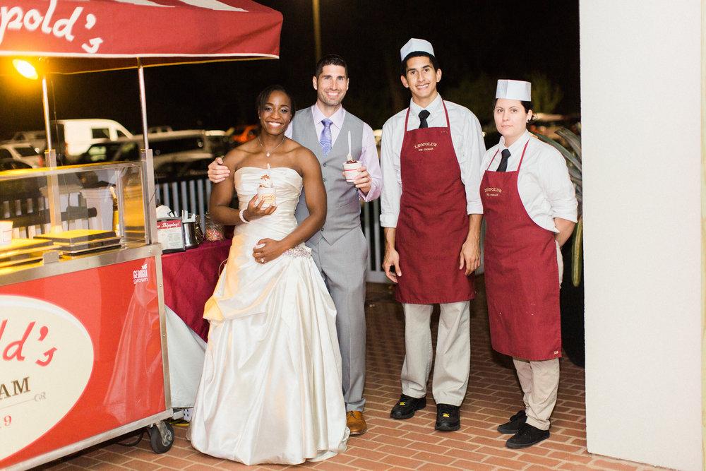 savannah-wedding-planner-savannah-wedding-florist-ivory-and-beau-savannah-event-coordinator-savannah-botanical-gardens-wedding-photos(323 of 400).jpg