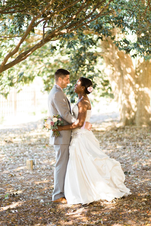 savannah-wedding-planner-savannah-wedding-florist-ivory-and-beau-savannah-event-coordinator-savannah-botanical-gardens-wedding-photos(79 of 400).jpg
