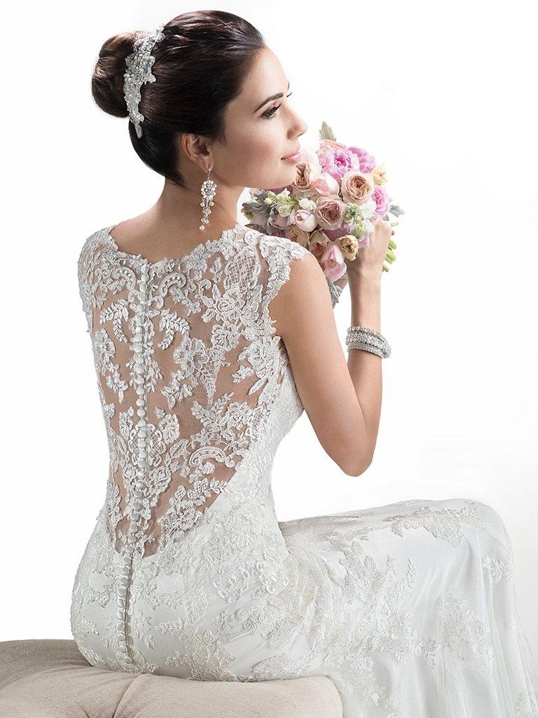 Maggie-Sottero-Wedding-Dress-Melanie-4MS061-front.jpg