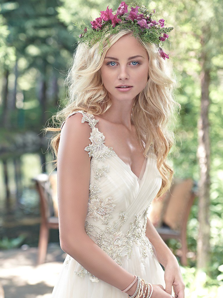 Maggie-Sottero-Wedding-Dress-Shelby-6MW215-front.jpg