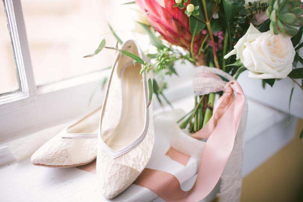 allison-blake-ivory-and-beau-bridal-boutique-savannah-wedding-planner-savannah-florist-jenna-davis-photography-cha-bella-wedding-warren-square-wedding-savannah-square-wedding-savannah-bridal-savannah-weddings-blush-wedding-3.jpg