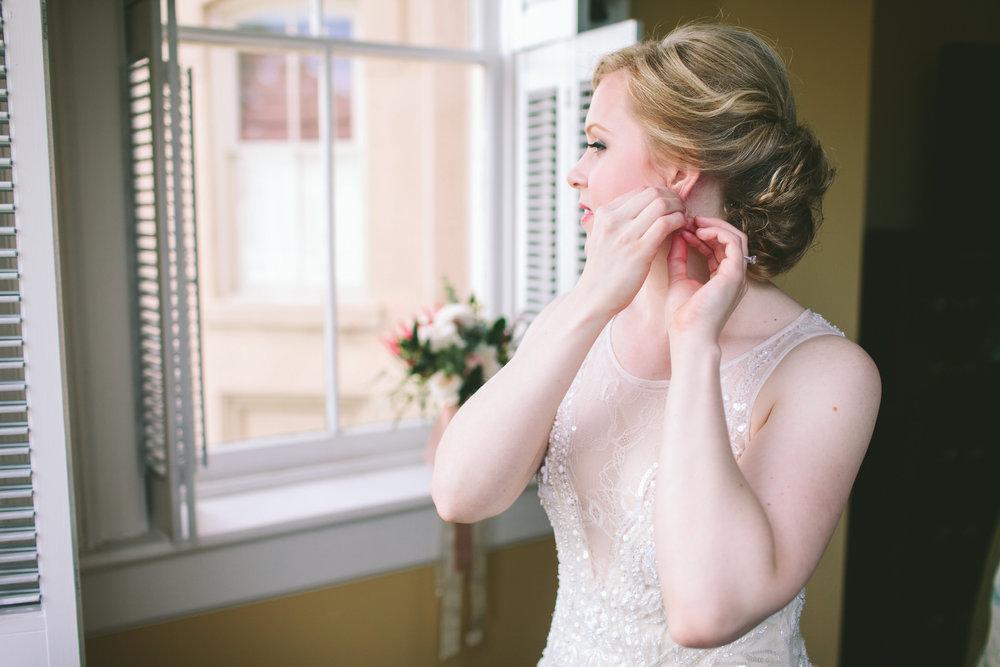 allison-blake-ivory-and-beau-bridal-boutique-savannah-wedding-planner-savannah-florist-jenna-davis-photography-cha-bella-wedding-warren-square-wedding-savannah-square-wedding-savannah-bridal-savannah-weddings-getting-ready-9.jpg