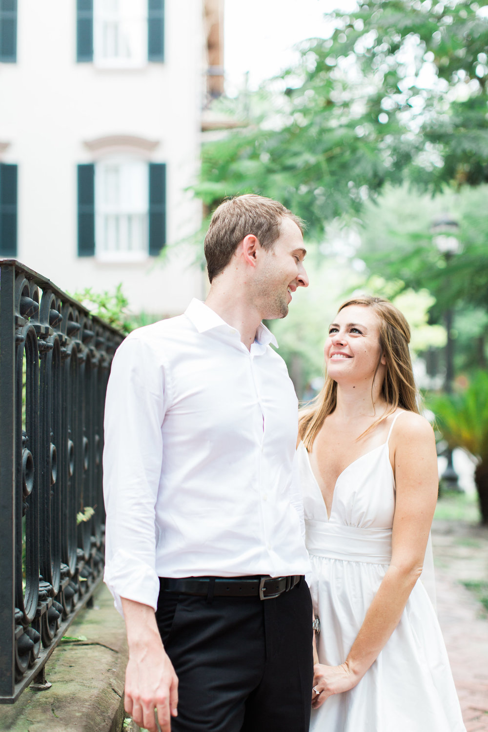 apt-b-photography-kate-mcdonald-mccants-forsyth-park-elopement-forsyth-fountain-rainy-wedding-day-savannah-florist-ivory-and-beau-bridal-boutique-savannah-wedding-gowns-savannah-weddings-savannah-wedding-planner-adele-amelia-gold-veil-10.jpg