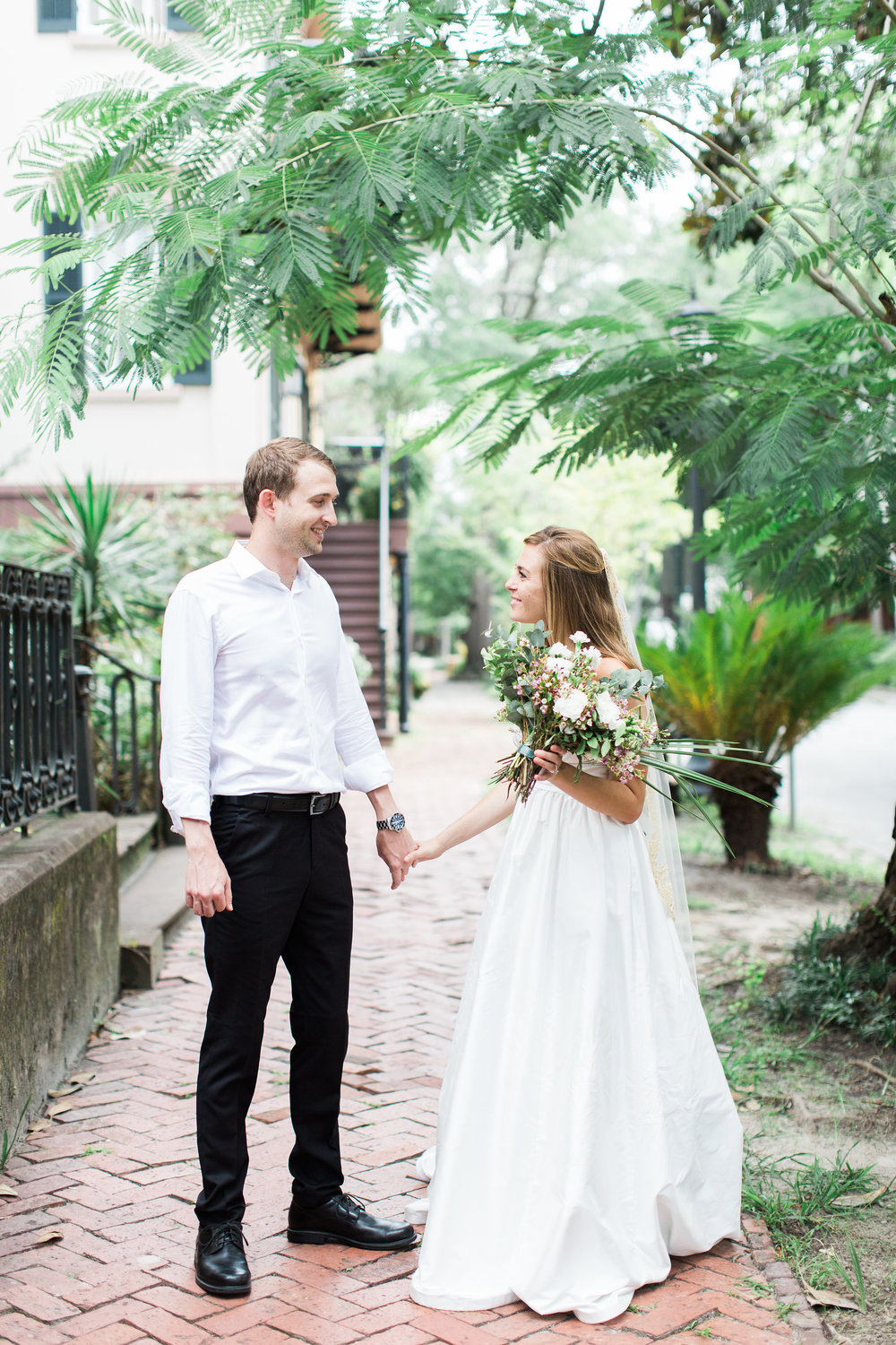 apt-b-photography-kate-mcdonald-mccants-forsyth-park-elopement-forsyth-fountain-rainy-wedding-day-savannah-florist-ivory-and-beau-bridal-boutique-savannah-wedding-gowns-savannah-weddings-savannah-wedding-planner-adele-amelia-gold-veil-12.jpg