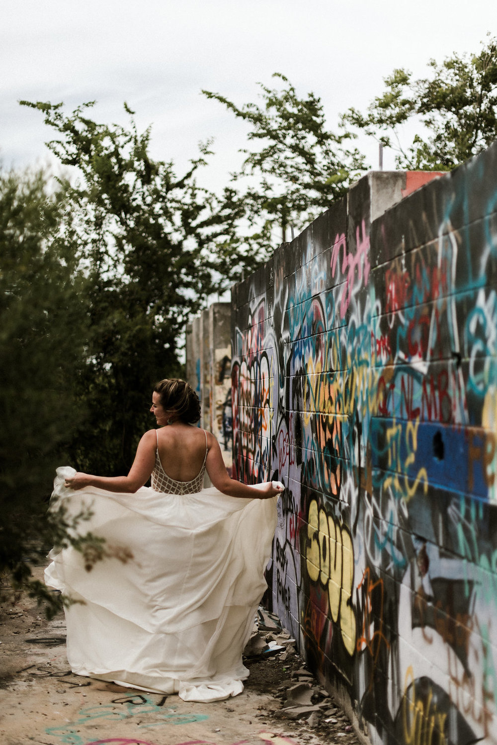 Savannah-Stonehenge-lauren-imus-photography-savannah-wedding-photographer-blush-by-hayley-paige-honeycomb-ivory-and-beau-bridal-boutique-savannah-wedding-dresses-savannah-bridal-boutique-savannah-wedding-planner-savannah-florist-graffiti-wedding-9.jpg