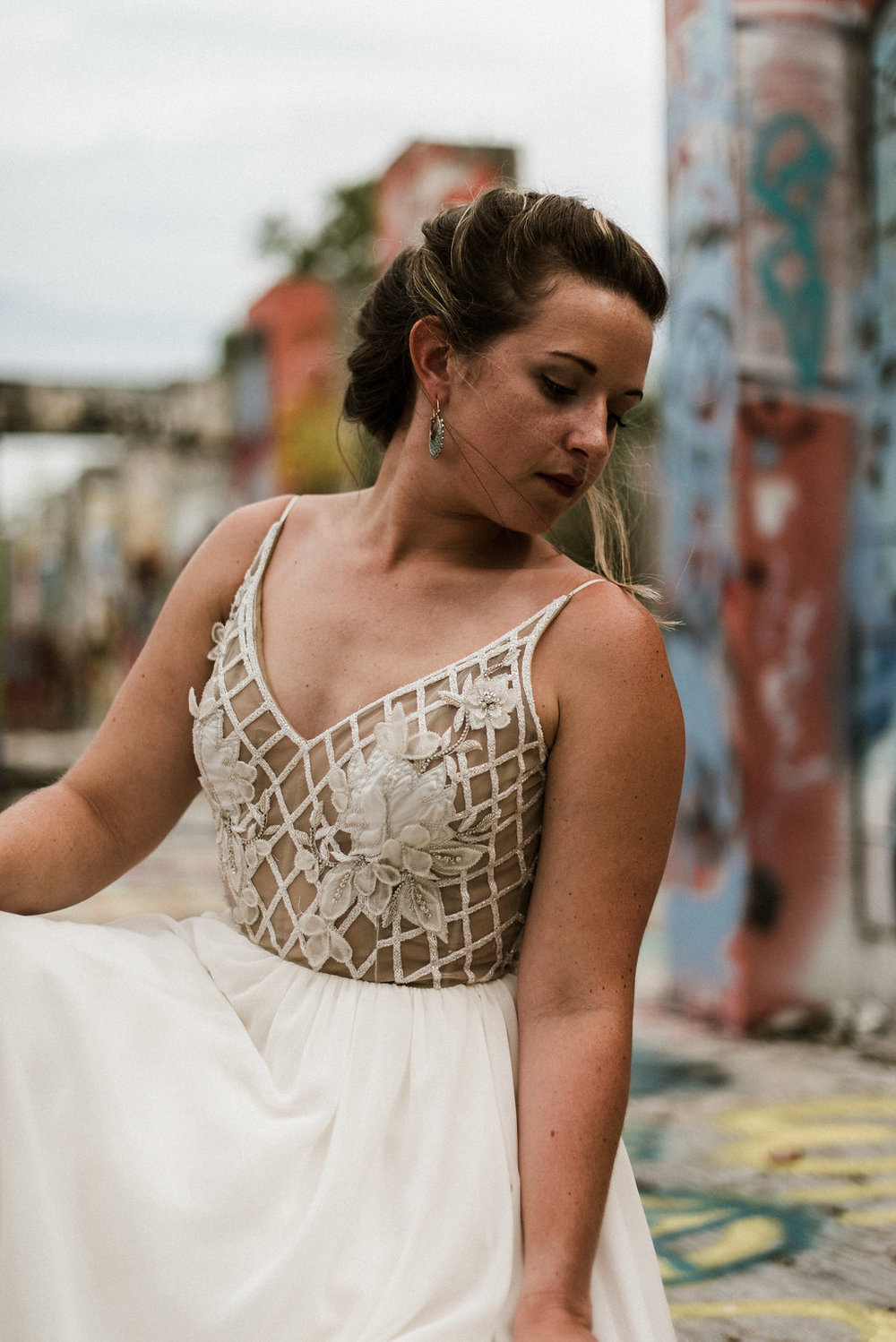 Savannah-Stonehenge-lauren-imus-photography-savannah-wedding-photographer-blush-by-hayley-paige-honeycomb-ivory-and-beau-bridal-boutique-savannah-wedding-dresses-savannah-bridal-boutique-savannah-wedding-planner-savannah-florist-graffiti-wedding-17.jpg