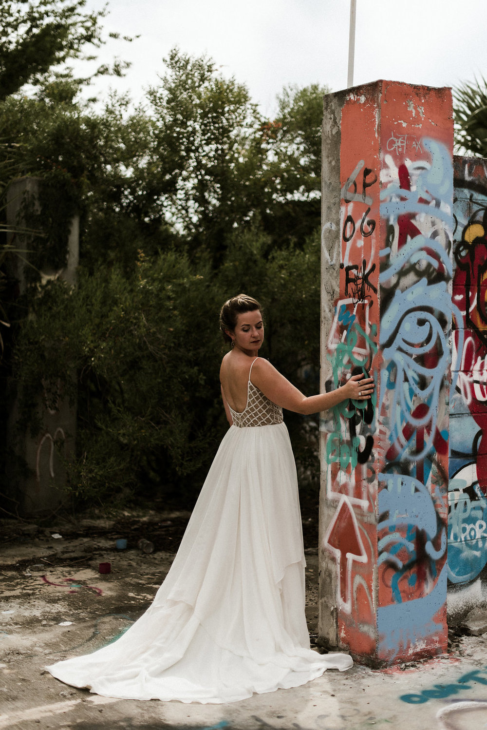 Savannah-Stonehenge-lauren-imus-photography-savannah-wedding-photographer-blush-by-hayley-paige-honeycomb-ivory-and-beau-bridal-boutique-savannah-wedding-dresses-savannah-bridal-boutique-savannah-wedding-planner-savannah-florist-graffiti-wedding-24.jpg