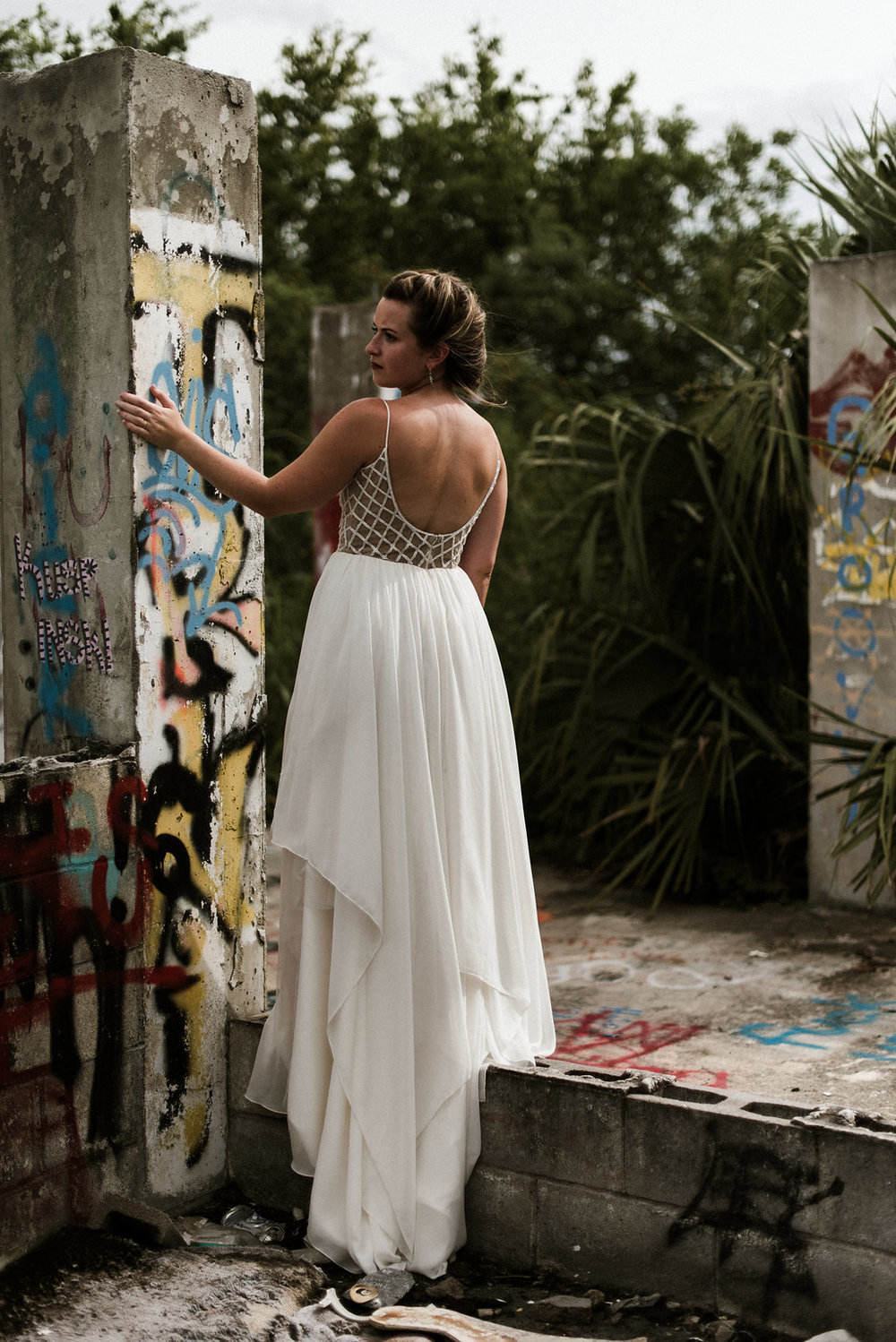 Savannah-Stonehenge-lauren-imus-photography-savannah-wedding-photographer-blush-by-hayley-paige-honeycomb-ivory-and-beau-bridal-boutique-savannah-wedding-dresses-savannah-bridal-boutique-savannah-wedding-planner-savannah-florist-graffiti-wedding-26.jpg
