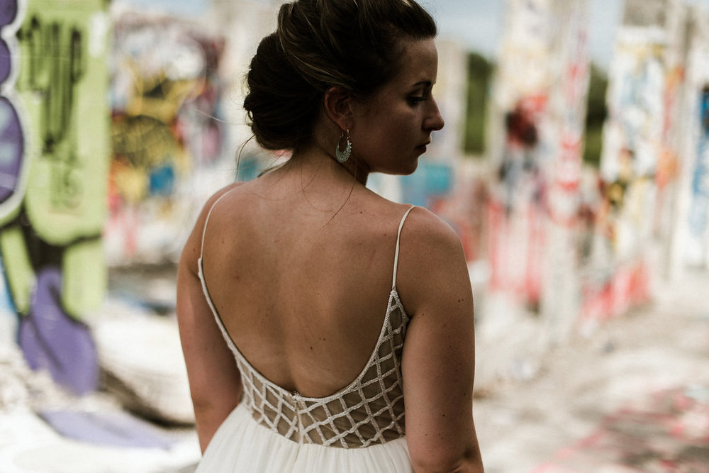 Savannah-Stonehenge-lauren-imus-photography-savannah-wedding-photographer-blush-by-hayley-paige-honeycomb-ivory-and-beau-bridal-boutique-savannah-wedding-dresses-savannah-bridal-boutique-savannah-wedding-planner-savannah-florist-graffiti-wedding-38.jpg