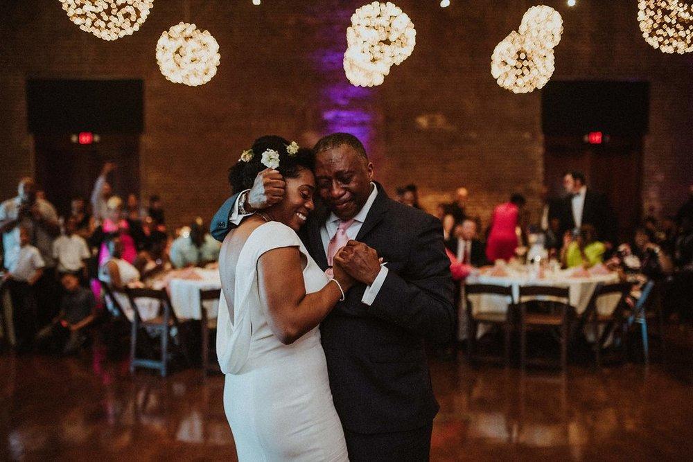 deanna-larry-meghan-melia-forsyth-fountain-wedding-charles-h-morris-center-wedding-savannah-wedding-planner-savannah-florist-savannah-wedding-design-savannah-bridal-boutique-ivory-and-beau-bridal-boutique-010.jpg